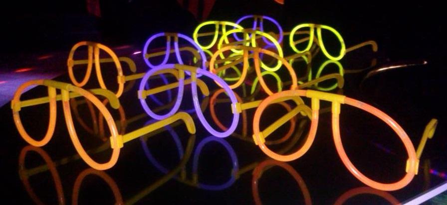 világító party szemüvegek