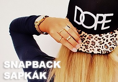 Snapback sapka